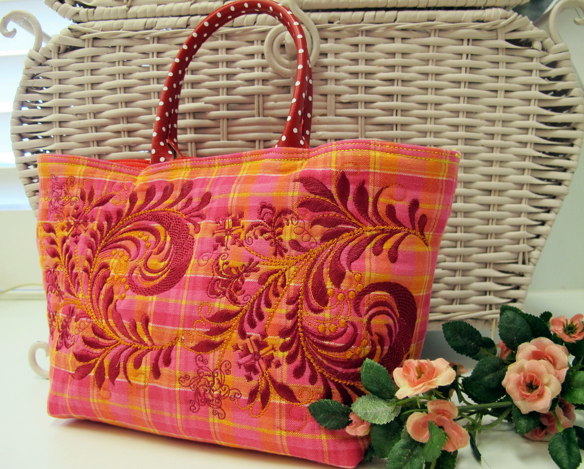 It's Nice Machine Embroidery Designs by Stitchingart. Artistic flower Pattern Bag.