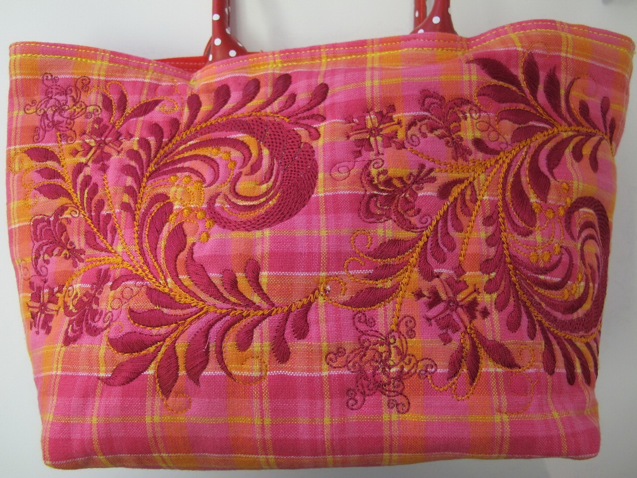It's Nice Machine Embroidery Designs by Stitchingart. Artistic flower Pattern Bag